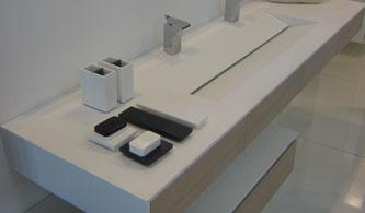 rivenditore pavimenti rivestimenti in kerlite per larredo bagno e i complementi